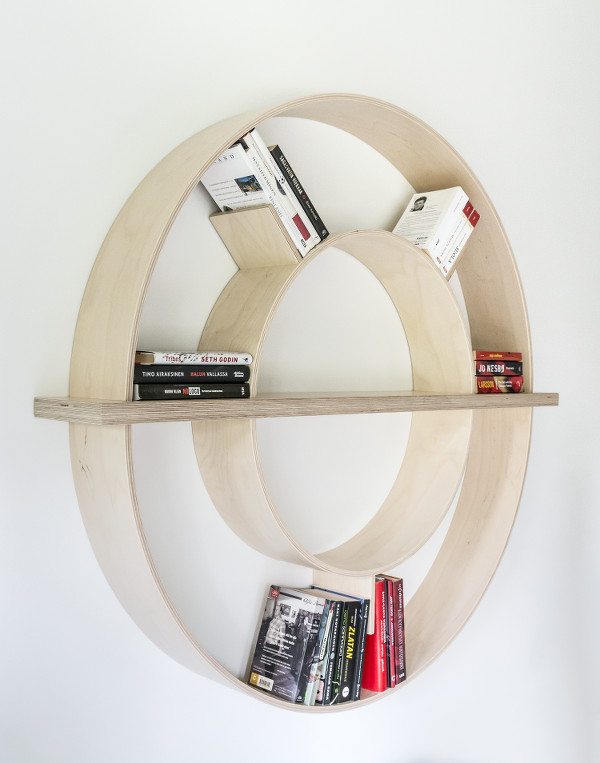 bySaarinen_orbit_shelf_birch_books_600x763